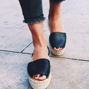 Alohas Ibiza Platform Sandal in Black